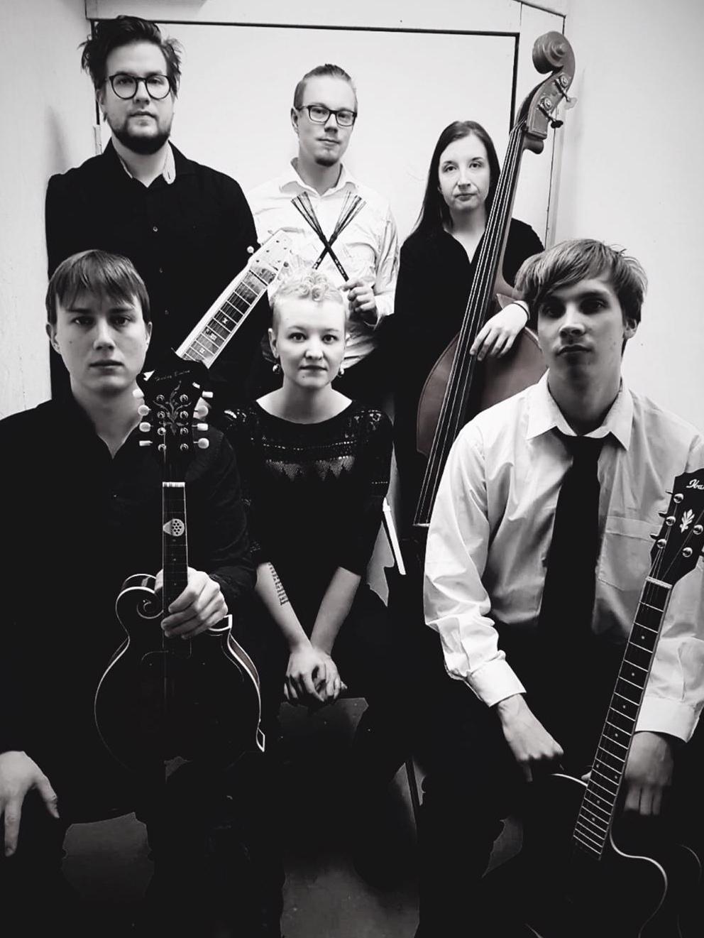 Pari tarinaa - kunnianosoitus Leevi and the Leavingsille -konsertti Metropoliassa 25.9.2020